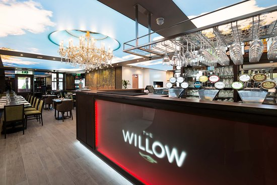 willow-bar-and-restaurant